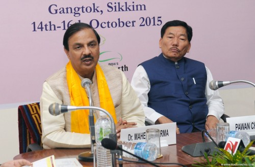 dr. mahesh sharma addressing a press conference for 4th international tourism mart