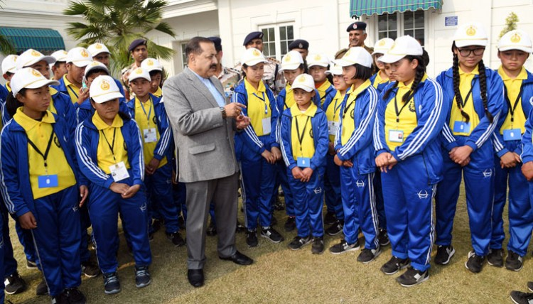 north sikkim students meet north eastern state minister