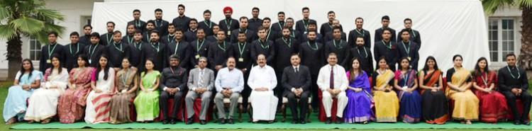 venkaiah naidu in the group picture with the indian administrative officer