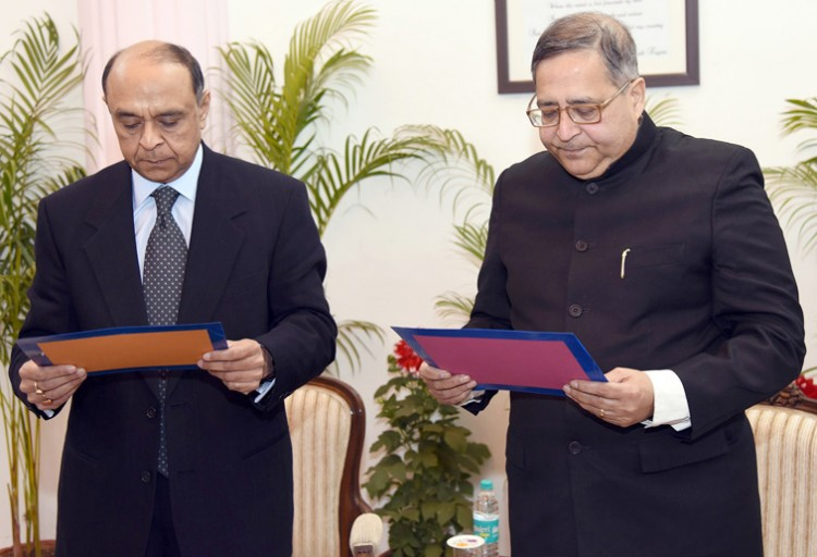 arvind saxena administering oath of the dr. t.c.a anant