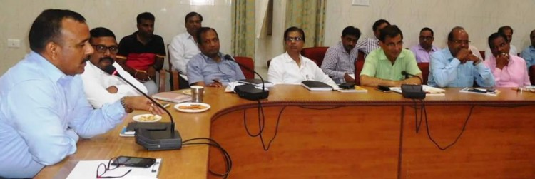 implementation of e-office system in government offices in gonda district soon