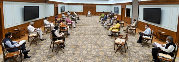 narendra modi chairing the cabinet meeting