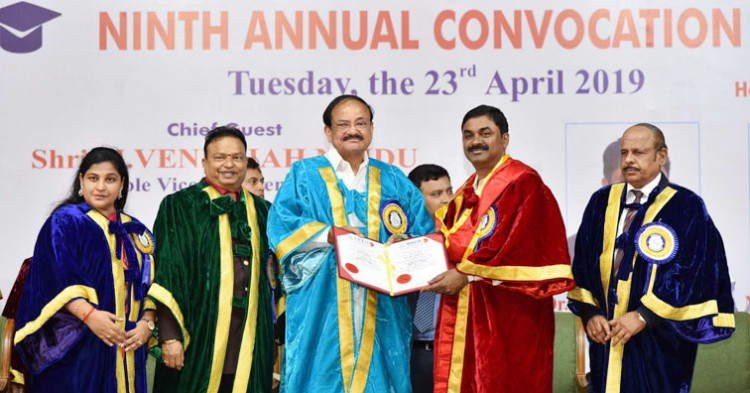 venkaiah naidu honors drdo chairman dr. satish reddy