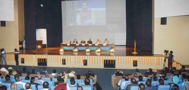 prakash javadekar launched the 'institution's innovation council ' program