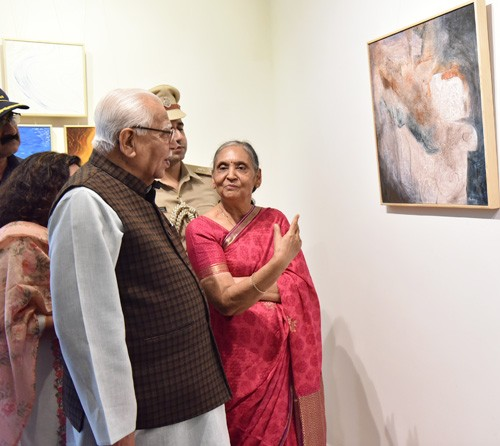 governor ram naik inaugurated sushma agrawal's solo painting exhibition