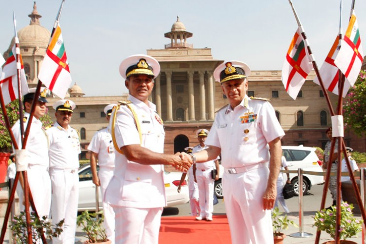 sri lankan navy commander and indian navy chief