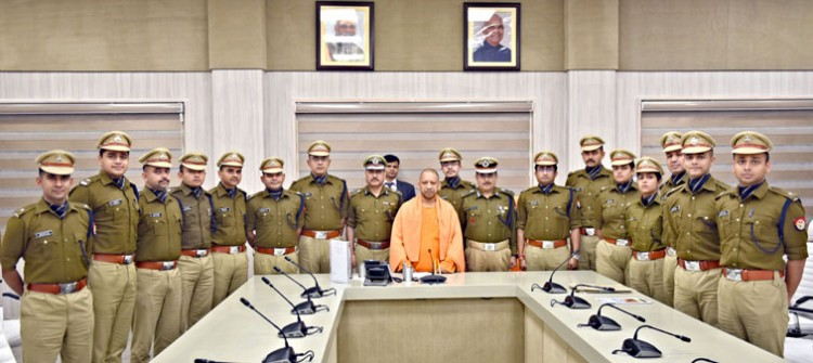 indian police service probationary officers met chief minister