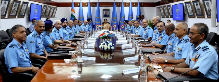 defense minister addressed to air force commanders