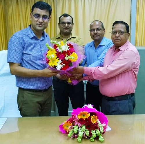 kk yadav takes over as director post lucknow