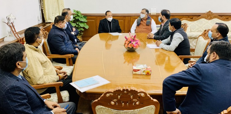 dr. jitendra singh in a meeting with a delegation of officers of punjab civil services