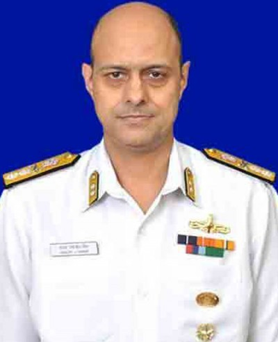 admiral sj singh flag officer of kochi