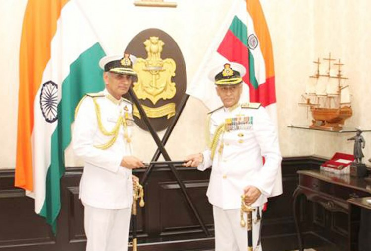admiral kambhar singh took charge of navy chief from admiral sunil lamba