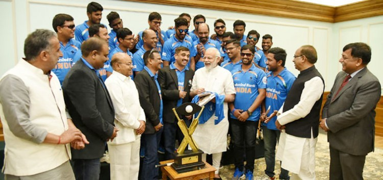 cricket team meets pm narendra modi