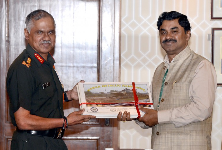 drdo handed over mobile metallic ramp to army