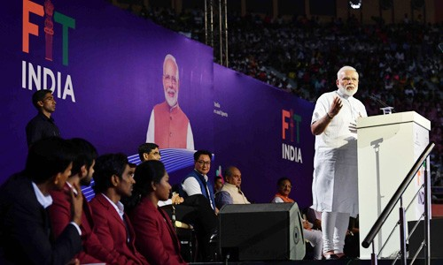 pm narendra modi launches the fit india movement