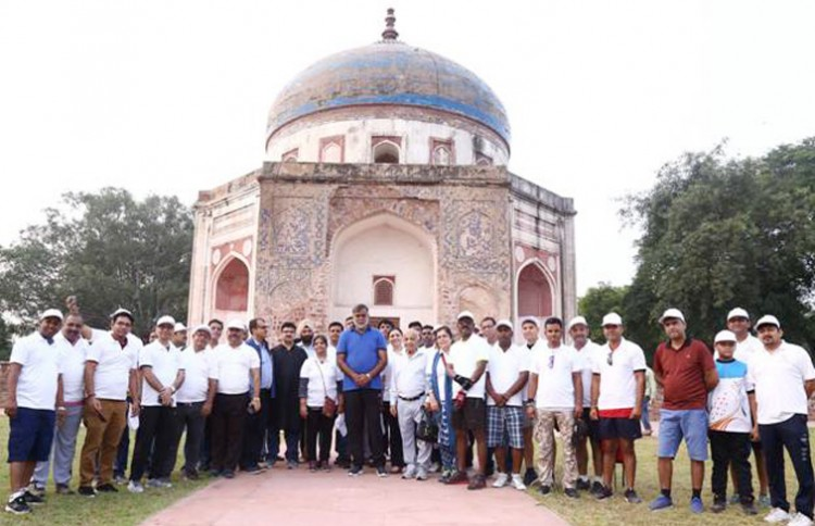 minister of state visits humayun tomb