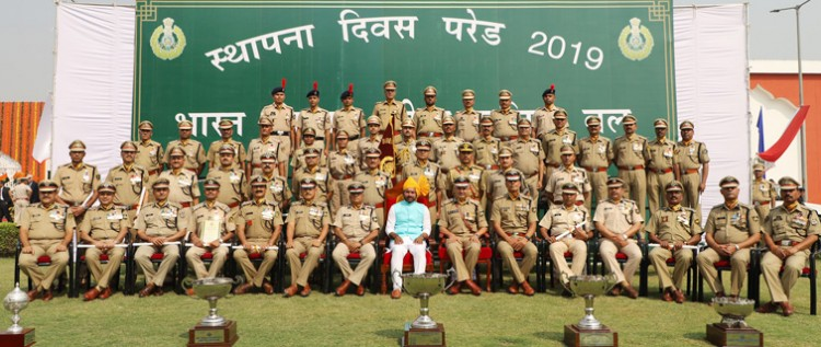 g. kishan reddy in a group photograph, during the 58th raising day celebrations of the itbp
