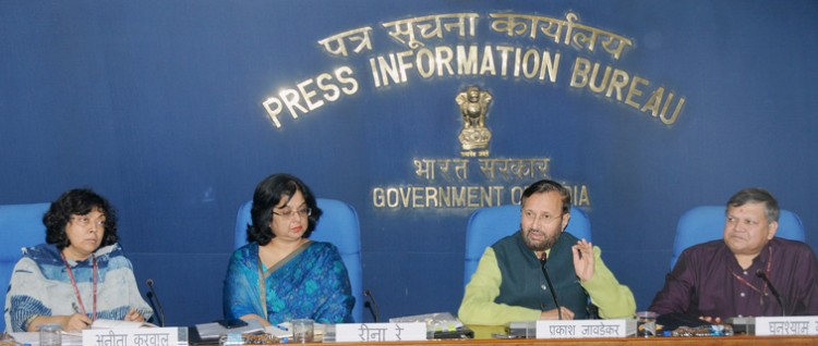 prakash javadekar addressing the press conference on issues relating to school education